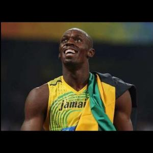VIDEO EXCLUE Bolt en chemin pour son Vestiaire